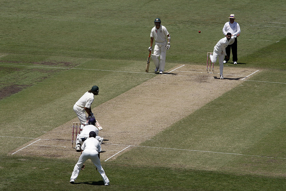 How to Become an Umpire in Cricket